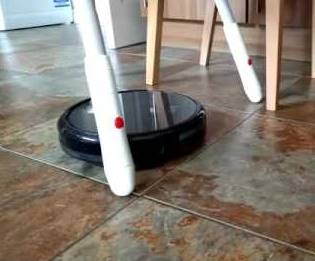 Eufy robovac 11+ under furniture